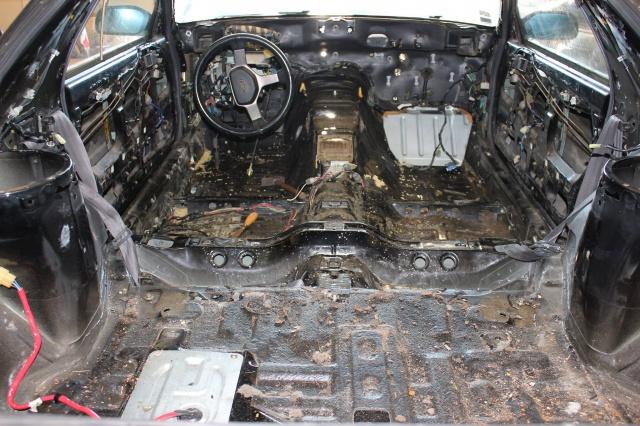 Mazda RX7 FC3S (restauration et preparation street) 22368210614735102048733772981641229748046o