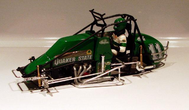 Steve Kinser #11 Quaker State Sprint Car - Page 2 227302quakerstatesprintcar010