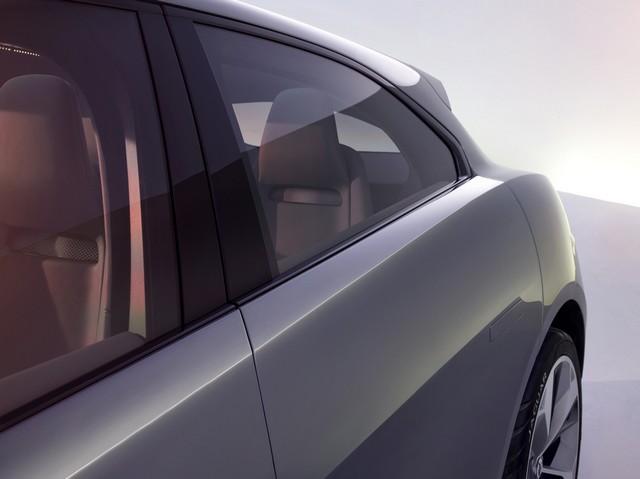 Jaguar Dévoile Le Concept I-PACE : Le SUV Électrique Performant 230011jagipacestudioexteriordetail14111611