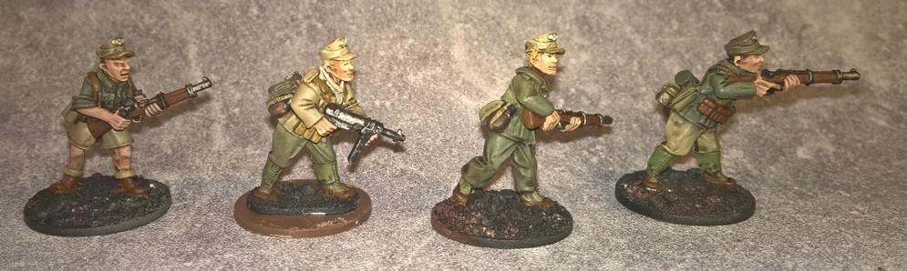 Paras français en Indochine... et en 28 mm 231110DAK3