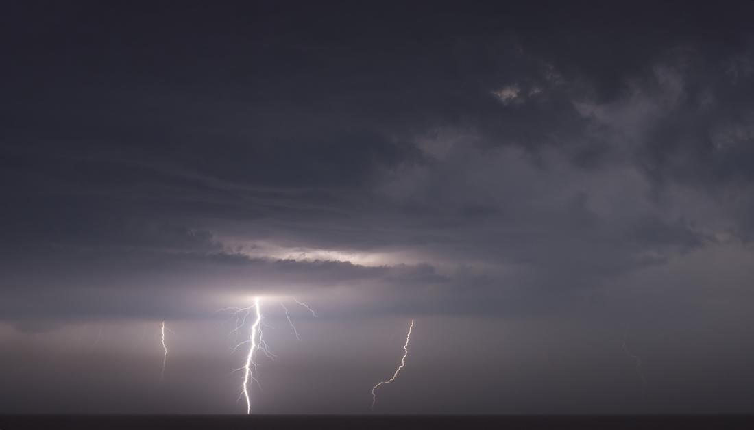 Orage dans la nuit du 16 au 17 Juin 2013 - de Lacanau (33) 232446clairfilteredredi