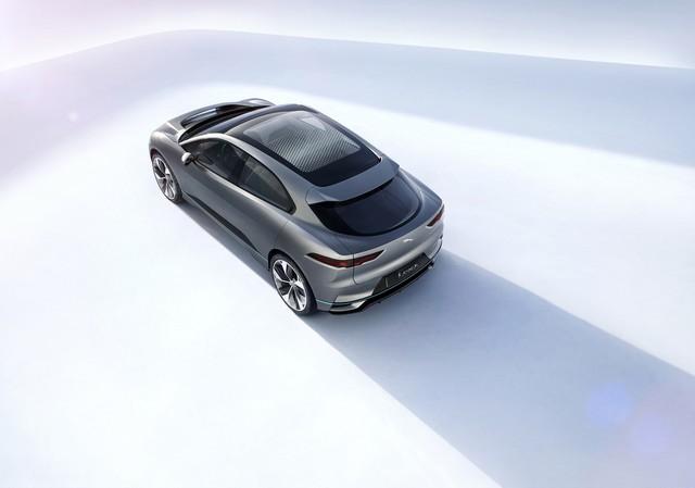 Jaguar Dévoile Le Concept I-PACE : Le SUV Électrique Performant 234530jagipacestudioexterior14111603