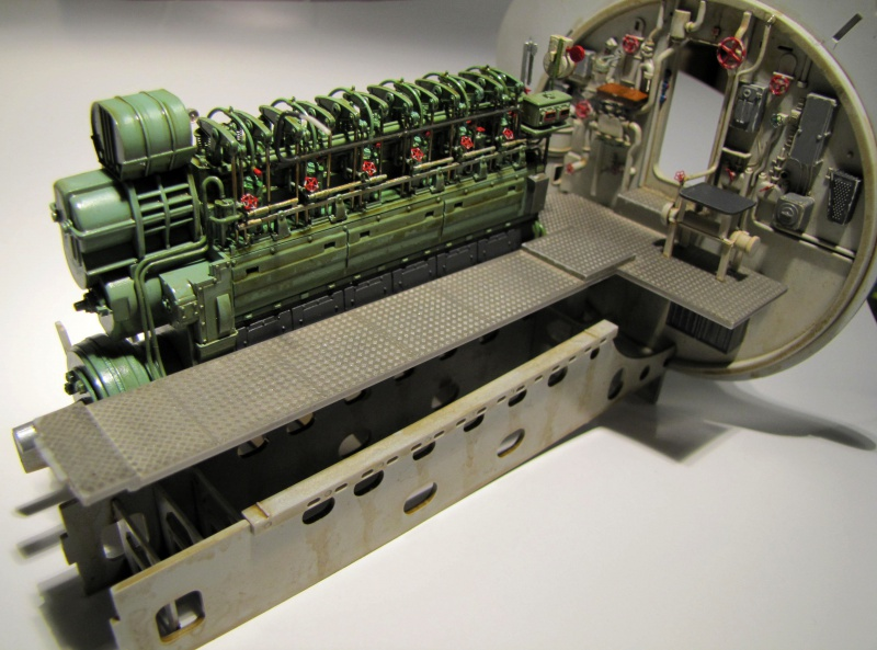 U-552 TRUMPETER Echelle 1/48 - Page 4 235898znq