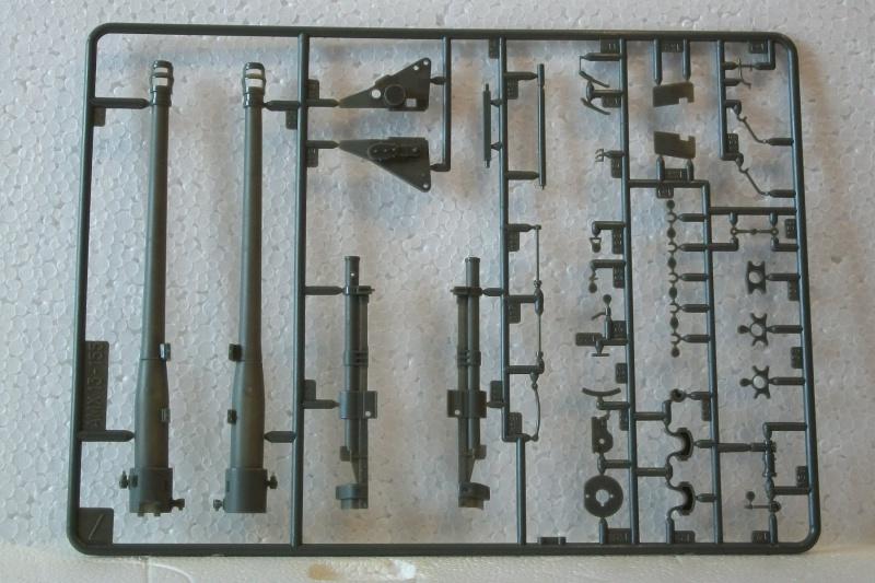 AMX 13 canon de 155 - (Réf. L782) 1/35 236257AMX13155782020Heller135