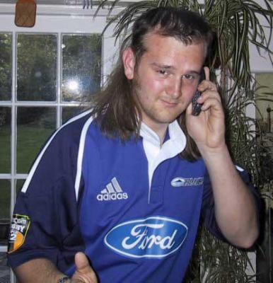 l'identité de Ford Fan démasqué par un paparazzi  236304338490598small