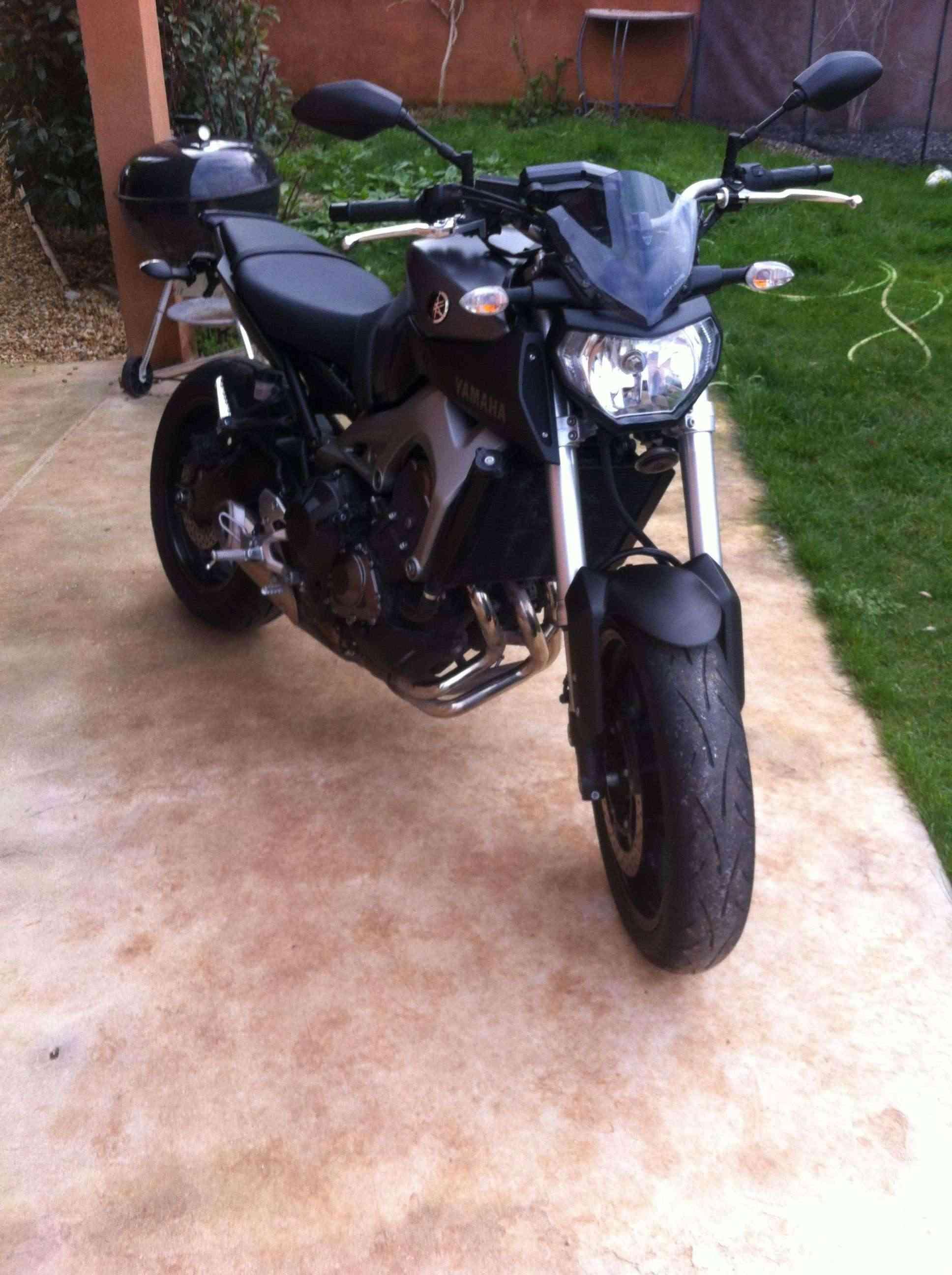 Photos de toutes les Yamaha MT-09 du forum ! :) 239406Ytom83