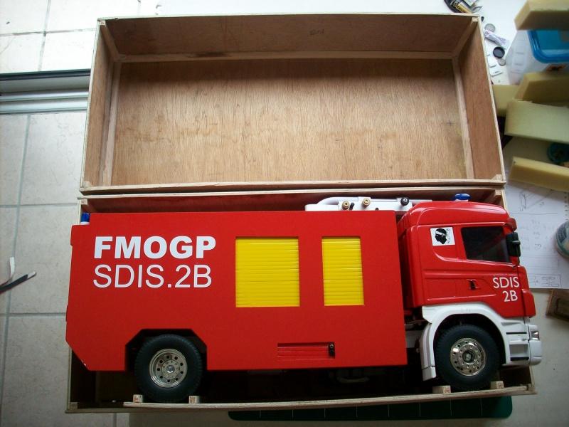 fabrication d'une caisse de transport pour le scania 2422991008902