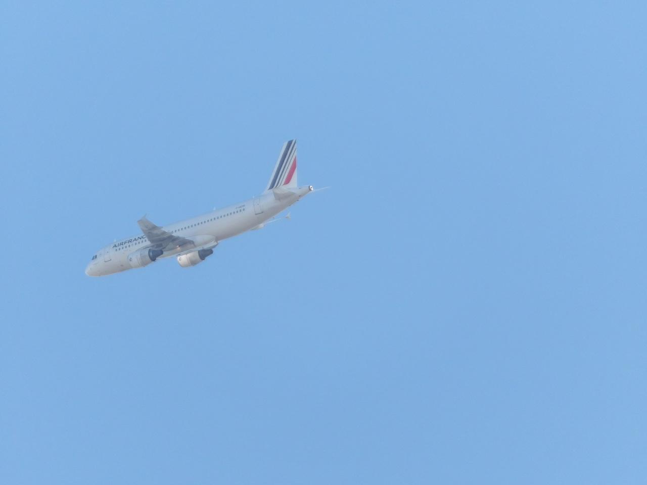 """Avion """"Spotté"""" du Jardin. 242651FHEPB"""