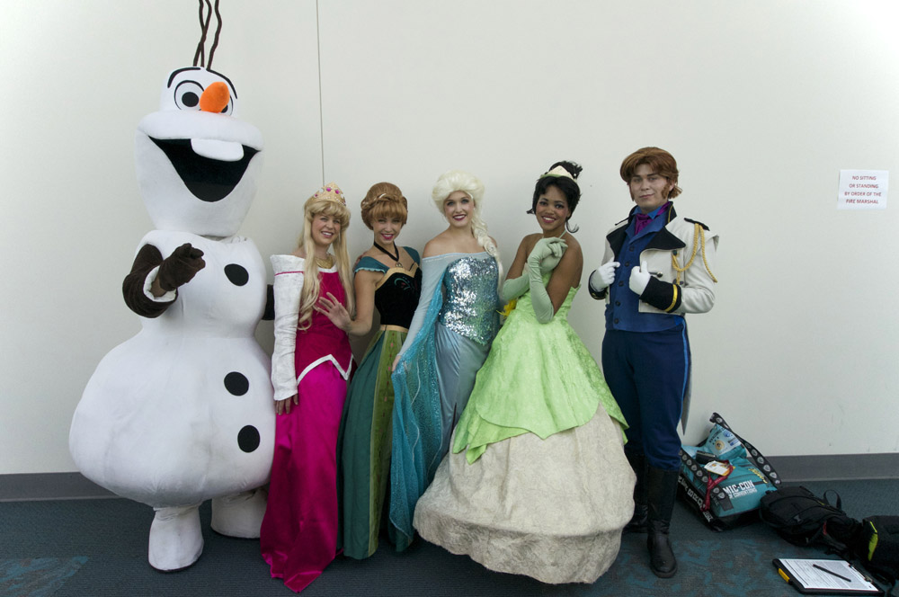 Cosplay 243544disneysdcc2014cosplay07