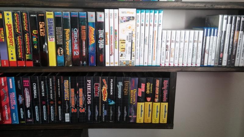 ajout de ma collection Neo Geo AES en vitrine :) 245884CAM00992