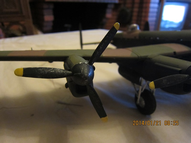 Avro Lancaster BI/BIII de Tamiya au 48 247210IMG1416Copier