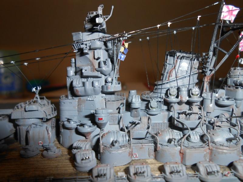 Yamato 1/700 fuji, PE,Pont en bois et babioles - Page 5 247600DSCN6315