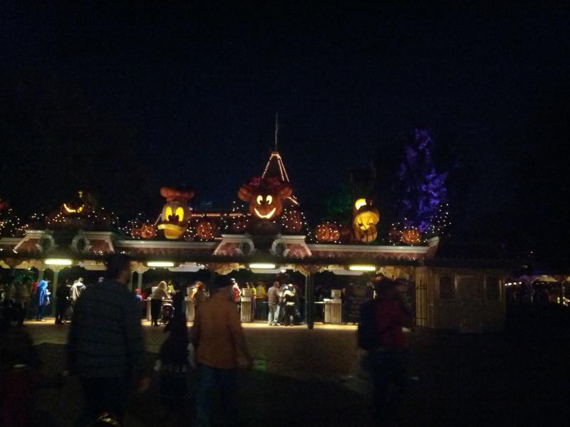 Disneyland Resort (Californie)et Universal Studio Hollywood du 29/10/2012 au 09/11/2012  248271f234182728