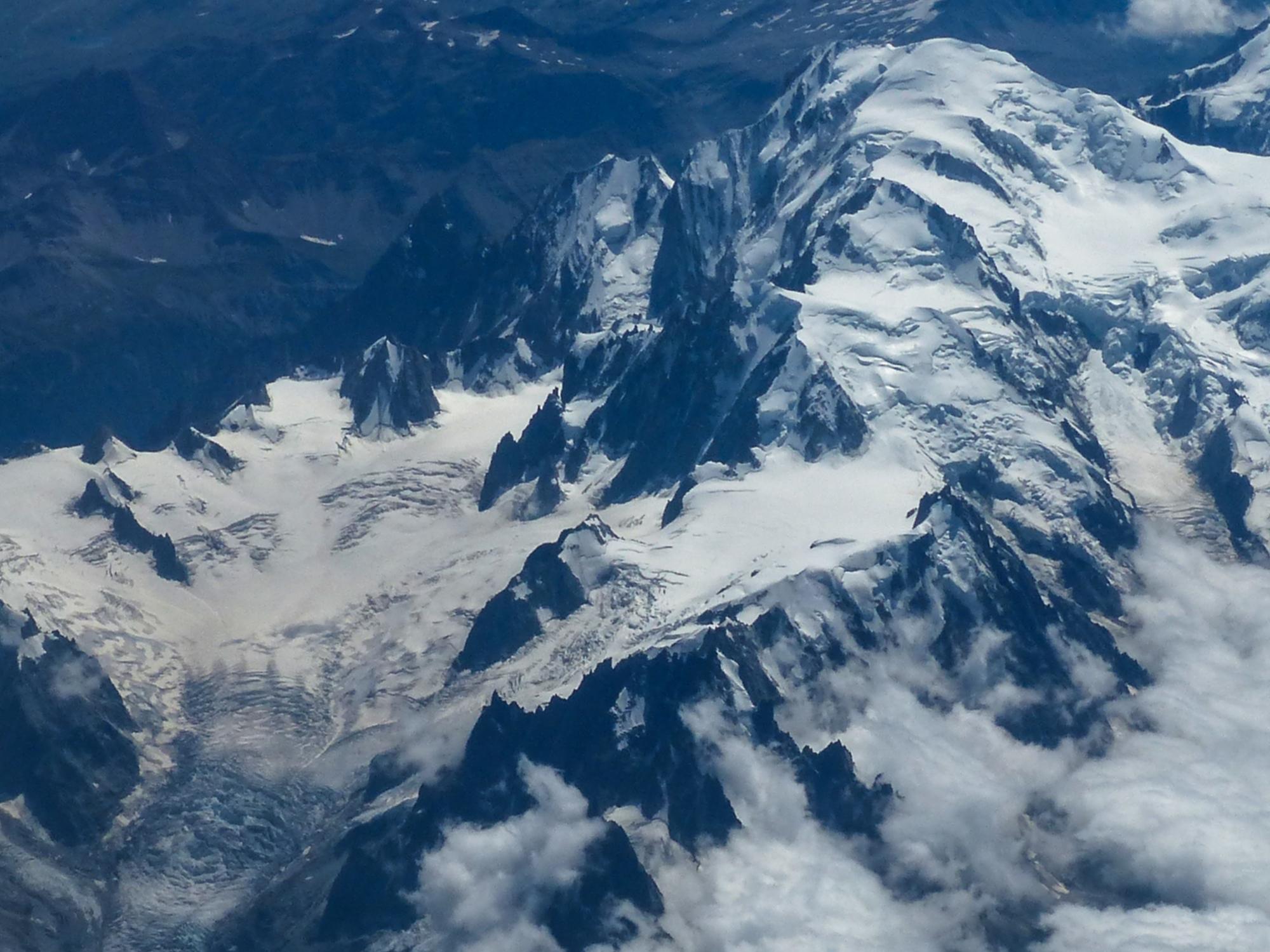 le Mont Blanc vu d'en haut 248604P13200491