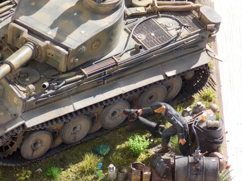 TIGRE S33  avant la bataille de Koursk juillet 43 (Dragon 1/35 dio DIODUMP) - Page 9 251399DSCN4771