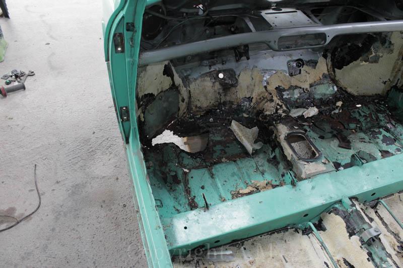 Restauration d'une Austin de 1980 251776IMG3301