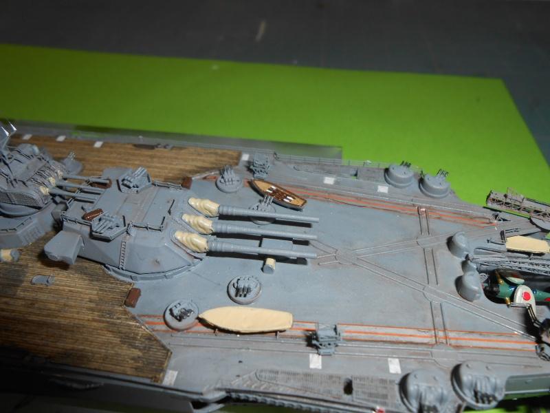 Yamato 1/700 fuji, PE,Pont en bois et babioles - Page 5 252289DSCN6318