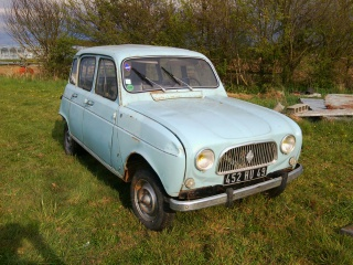mes renault 4 - Page 2 252875Photo0320
