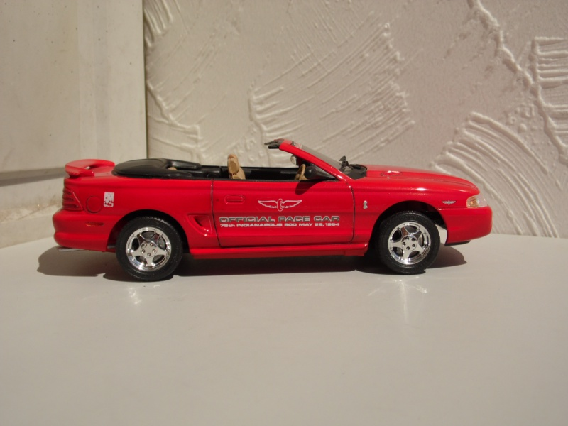 Ford Mustang's 94. 256685SAM4967
