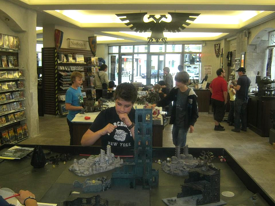 Les Centres Hobby Games Workshop en France et à travers le monde 257483GWDragkenburg