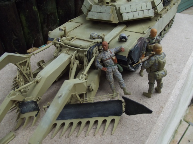 Abrams M1 ABV 1/35 RMF - Page 3 258598DSCF8681