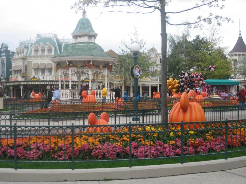 [TR] Halloween 2011 : du jeudi 6 au samedi 8 octobre : 3J/2N au CC en vue Parc (début du TR en page 9) - Page 10 260089IMG3865