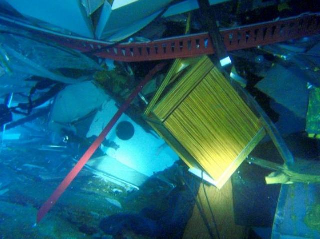 Naufrage du Costa Concordia, dérive du Costa Allegra, la série noire de COSTA !!! - Page 3 260558323