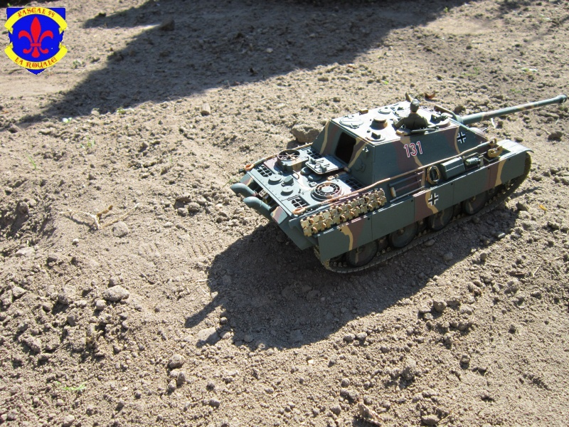 Jagdpanther Sd Kfz 173 de Tamiya au 1/35° 260786IMG1019L