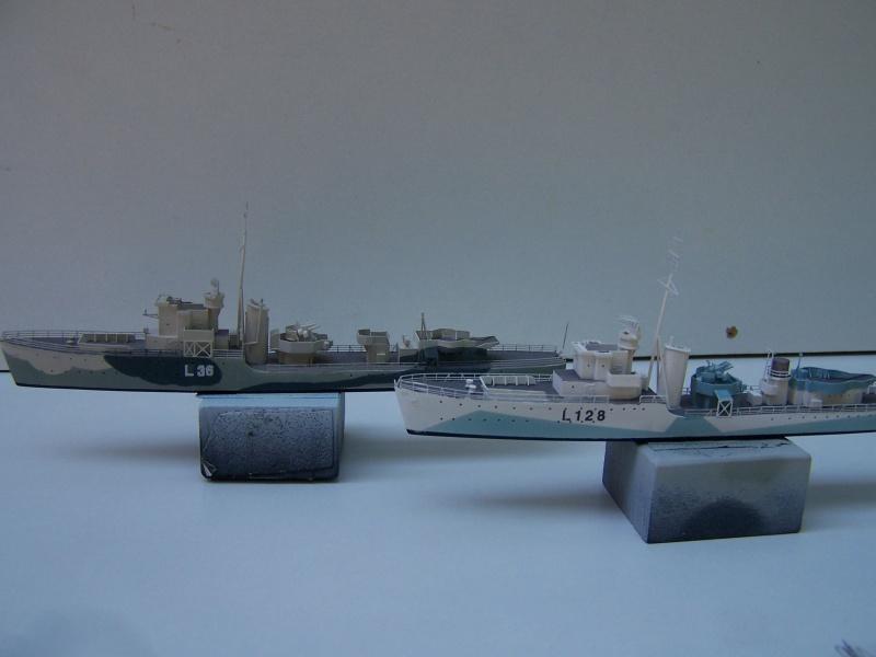 Destroyers classe Hunt type 2 et 3 - Page 3 264089Hutn2et3027