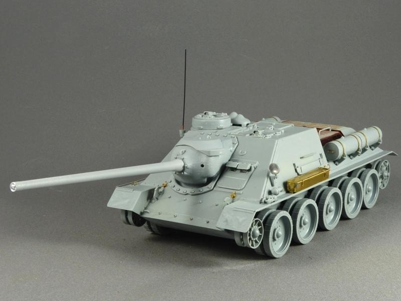 SU-100 - DRAGON 1/35 - Page 2 265845P1020838