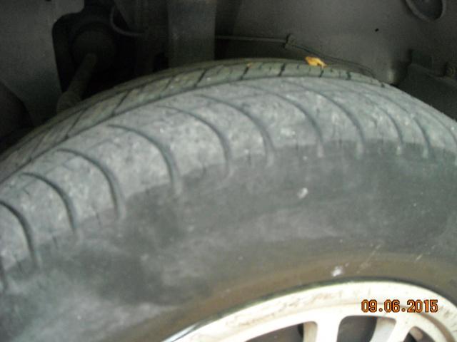 pneus usés sur les cotés 266532DSCN7926