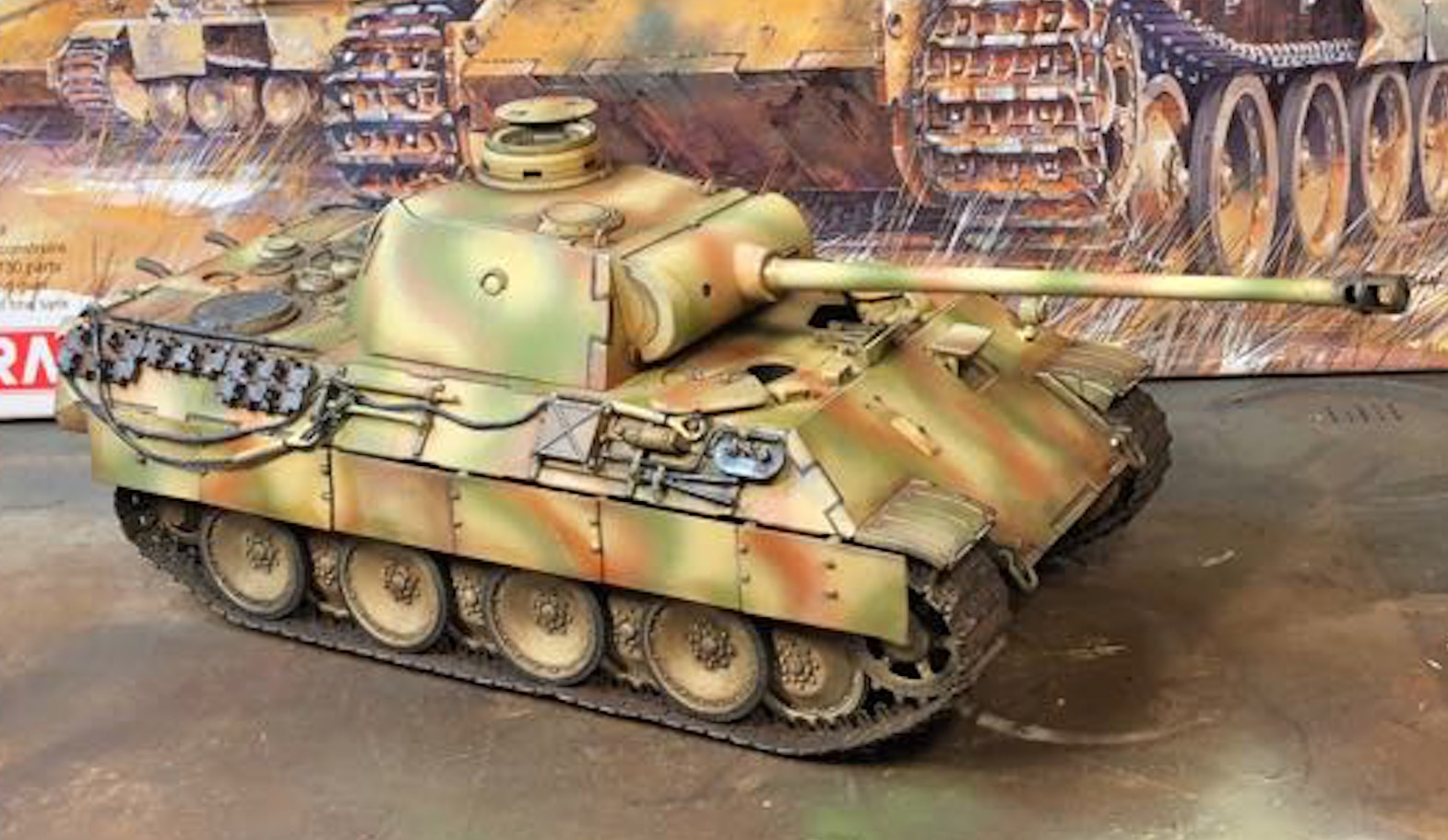 Sd.Kfz.171 Panther D - Page 2 267564PantherDStep2Right