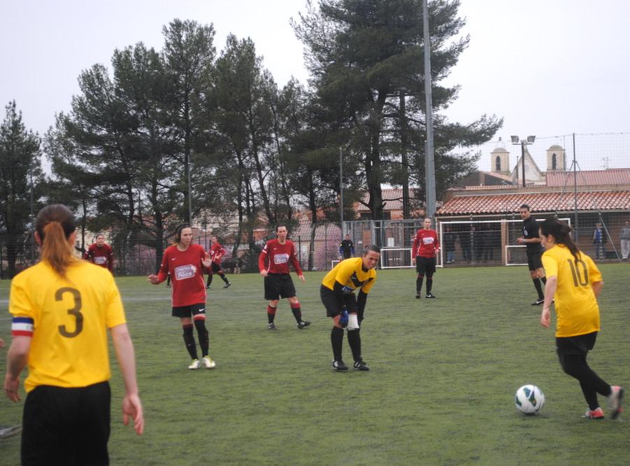 """LA SAINTE VICTOIRE DONNERA AU FC ROUSSET FOOT UN AVENIR """"SACREMENT """" GLORIEUX ! - Page 10 273433DSC0241"""
