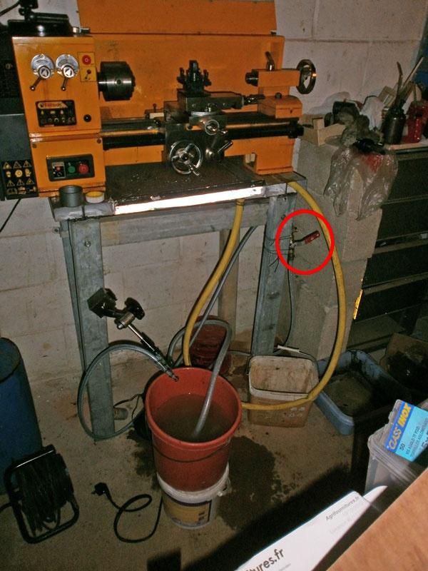 """Fabrication d'un """"bouchon"""" pour mon bac à copeaux pour récupérer le fuide de coupe 277143PB110001"""