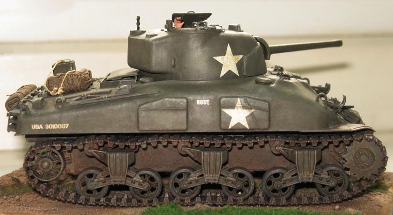 Sherman M4A1 late Italeri+scratch rénové 278253IMG0021