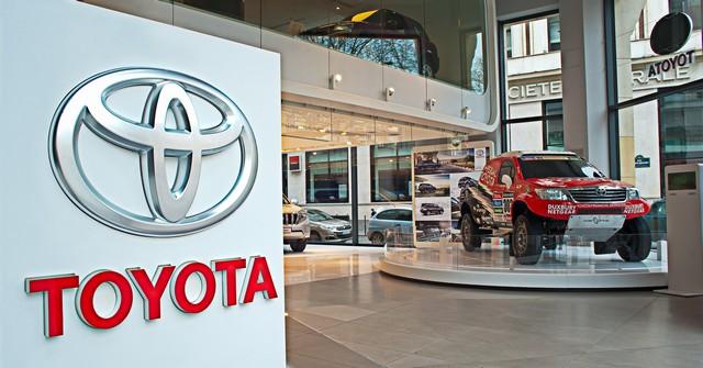 La légende des 4x4 au Rendez-Vous Toyota 280584LRVT4X420152