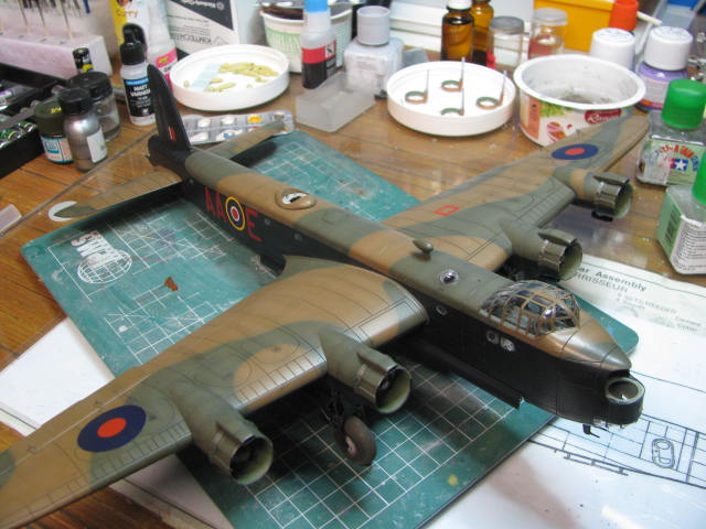 Short Stirling MkIII BF-513 Italeri 1/72, 2ème !!!!!....Terminé!!! - Page 4 280759IMG7102