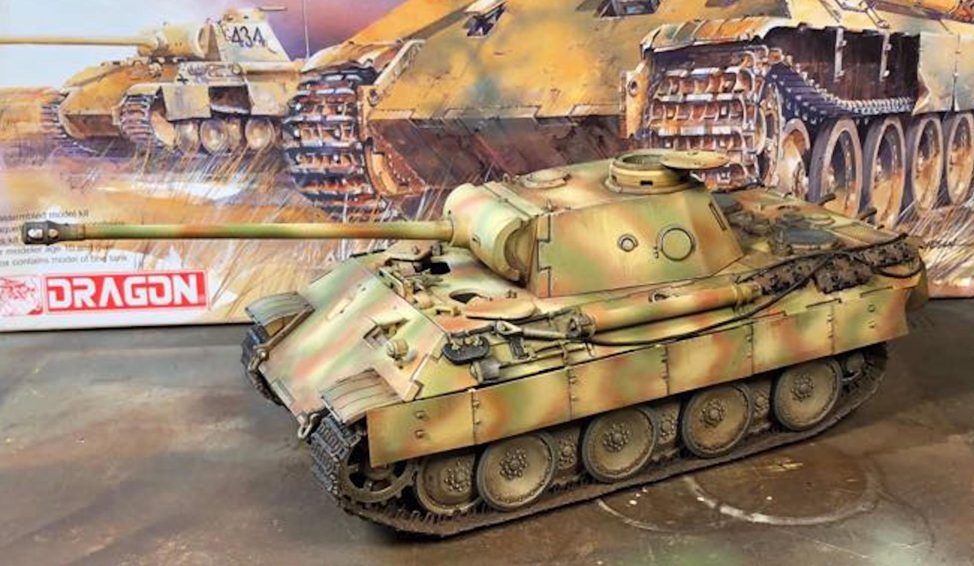 Sd.Kfz.171 Panther D - Page 2 283205PantherDStep2Left