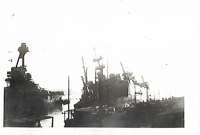 [Histoire et histoires] Toulon : Sabordage de la Flotte (photos) - Page 4 283893CdtTesteProvence