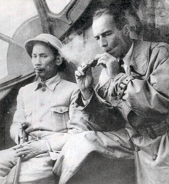 [ Aéronavale divers ] [ 1945-1950 L'histoire des grands oiseaux blancs à tête de loup noir en Indochine 2858631945HCMSainteny