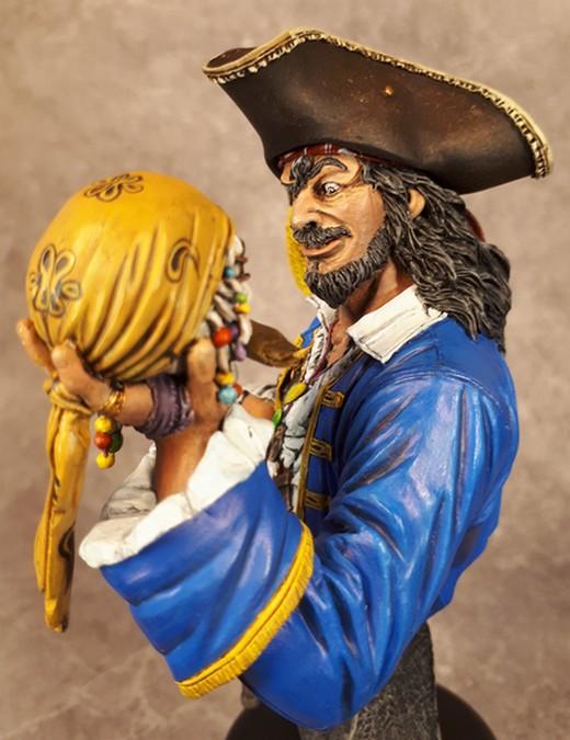 Buste de Pirate - FINI !!!!!! 286741bustePirate24
