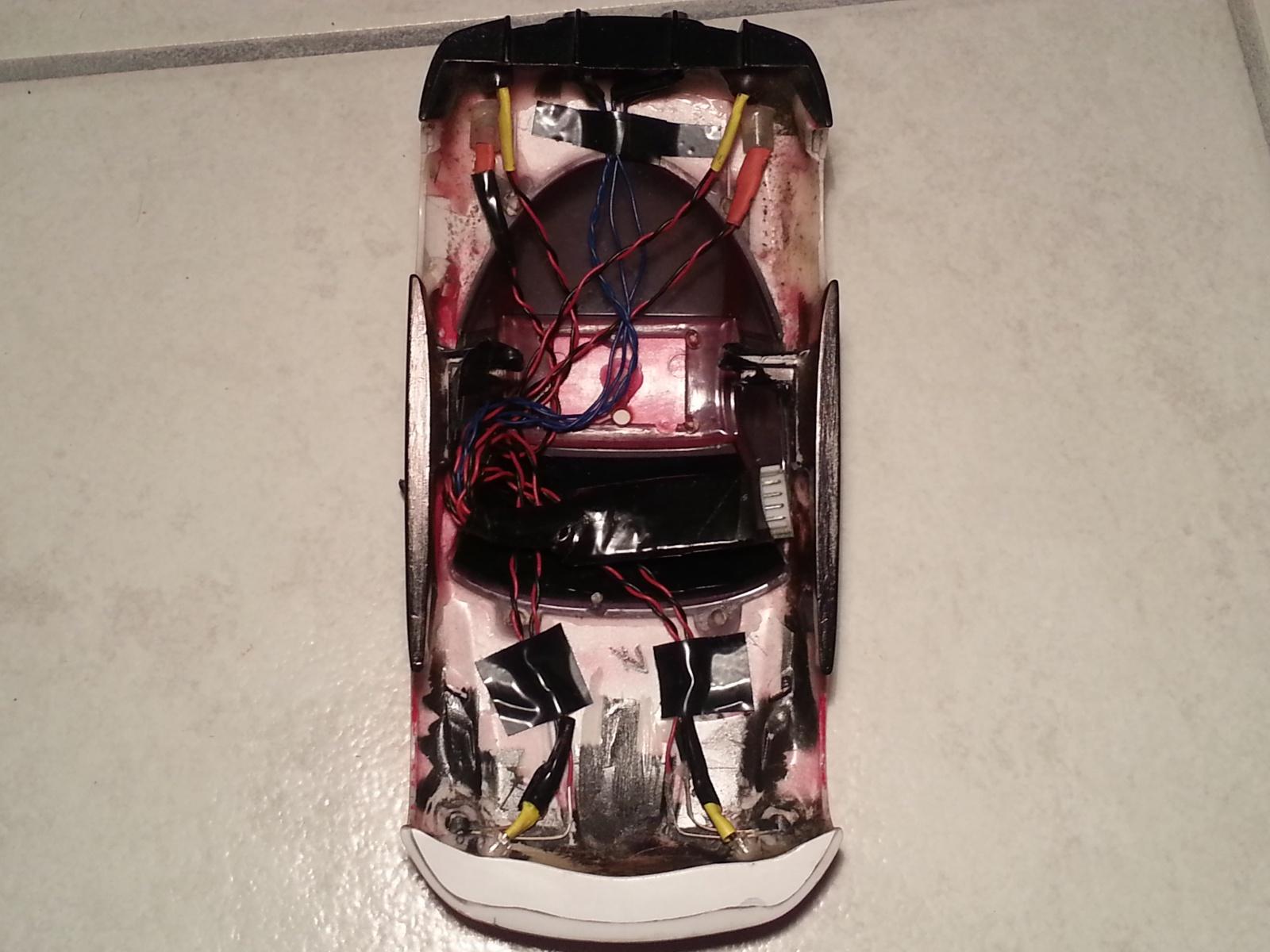 Kit lumières Atomic sur quelle carrosserie? 28872820130316002257