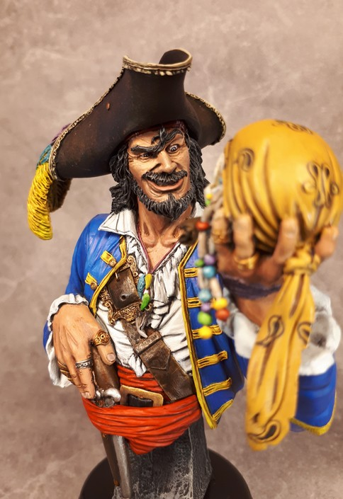 Buste de Pirate - FINI !!!!!! 288790bustePirate20