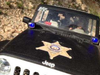AXIAL SCX10 Jeep JK SHERIFF !! 289960jeepjkSHERIFF6