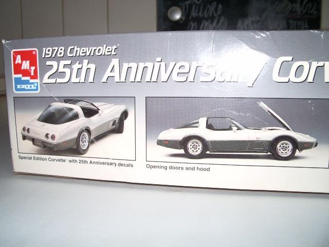 chevrolet corvette 25 th anniversary de 1978 au 1/16 - Page 3 297452IMGP8803