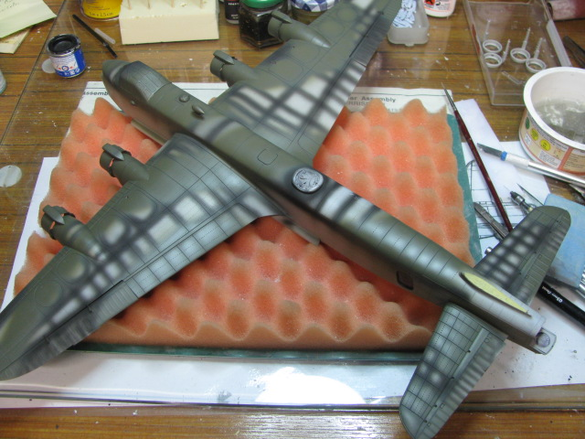 Short Stirling BF-513 75 Sqn, 1/72 Italeri: Commémoration 08 mai 2015....Terminé! - Page 5 298117IMG4623