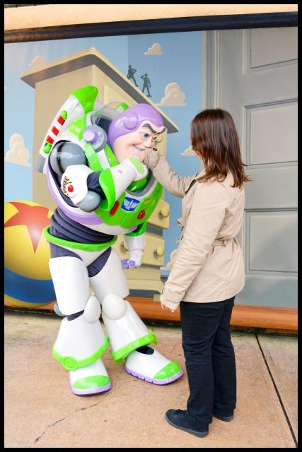 Vos photos avec les Personnages Disney - Page 3 299666DSC0028