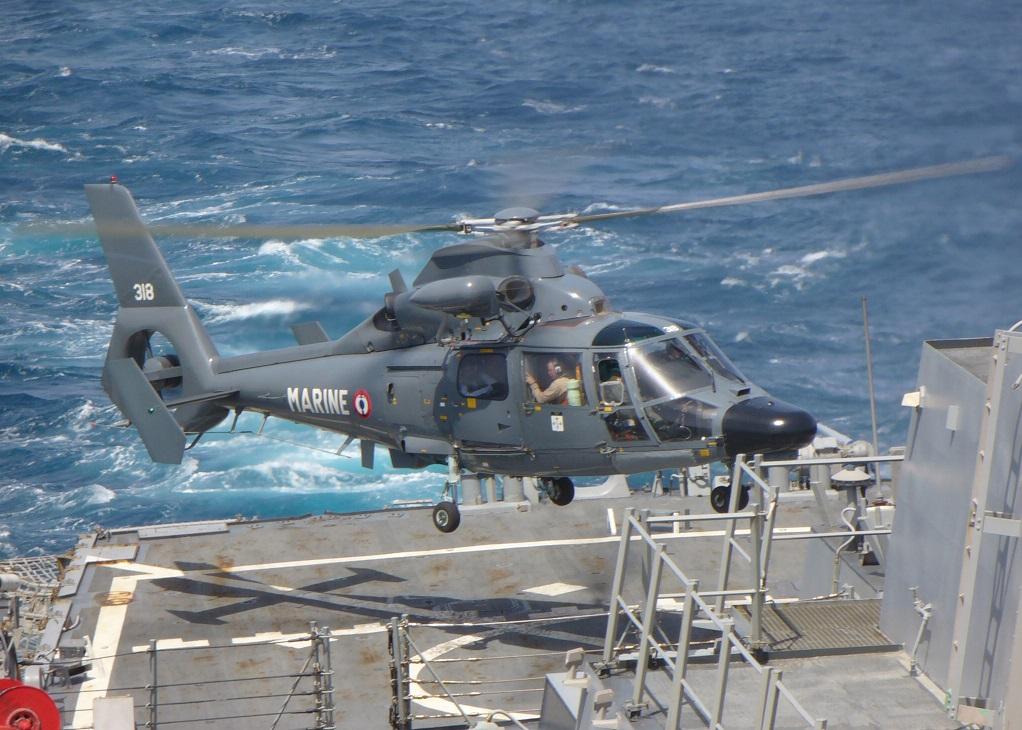 [ Aéronavale divers ] Hélicoptère DAUPHIN 302547060506N9546C001