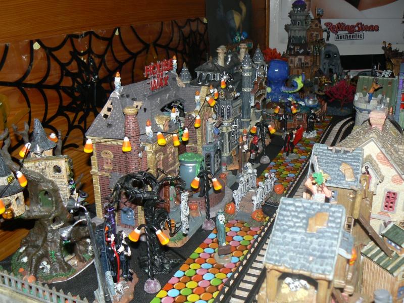 Mon village spooky town 2012 !!! 302574P1080894