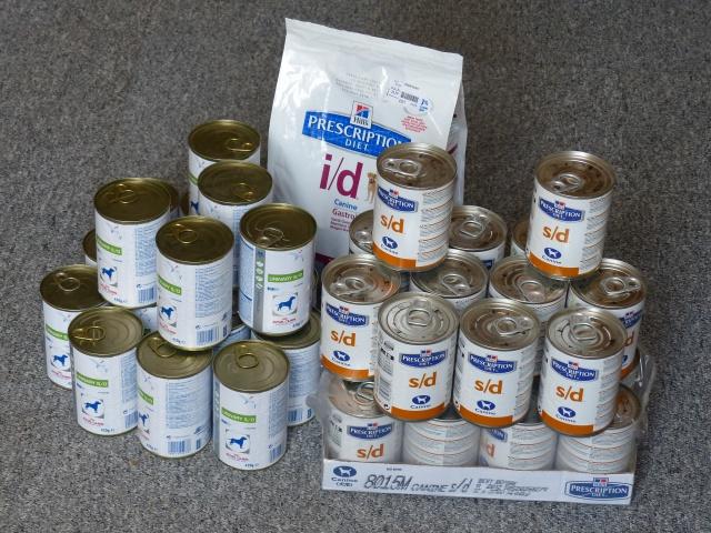 Nourriture, médicaments, jouets, couvertures et divers... 303153P1020110